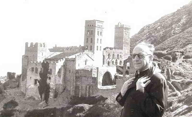 Eduard Junyent, d'excursió a Sant Pere de Rodes