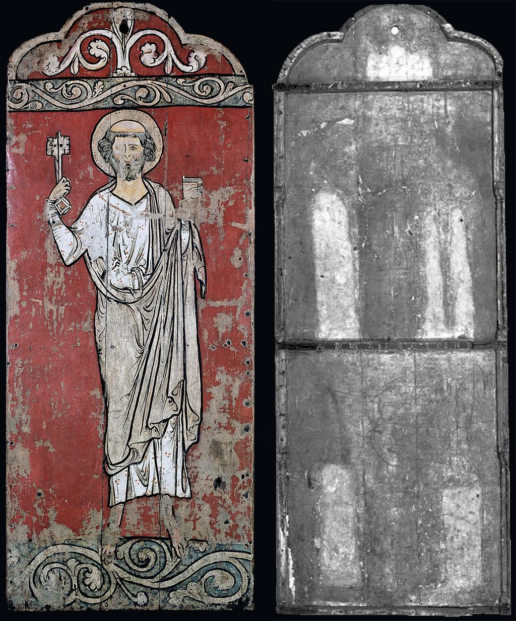 A la cara interior de la porta de Fåberg es pot veure l'espai reservat per a les figures en aplic, avui desaparegudes, d'una Anunciació i d'una Epifania.